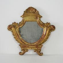 Very nice small giltwood neoclassical mirror, Italy circa 1780